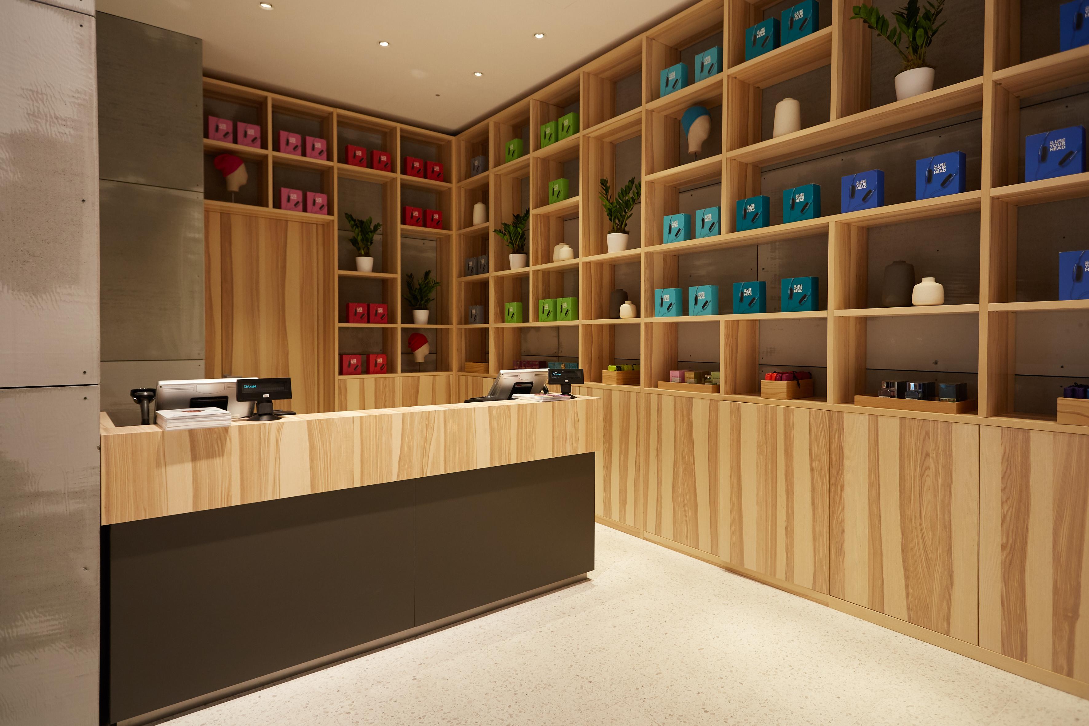 impresa ristrutturazione negozi Benetton